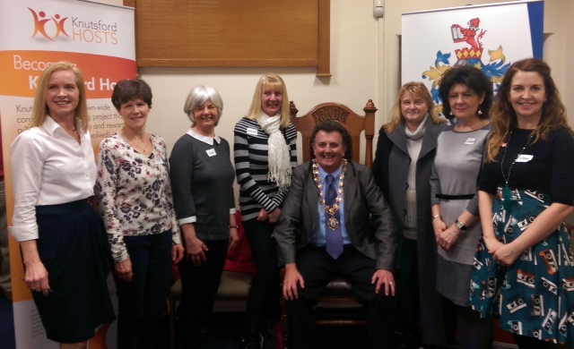 Knutsford Mayor pictured with the new Hosts
